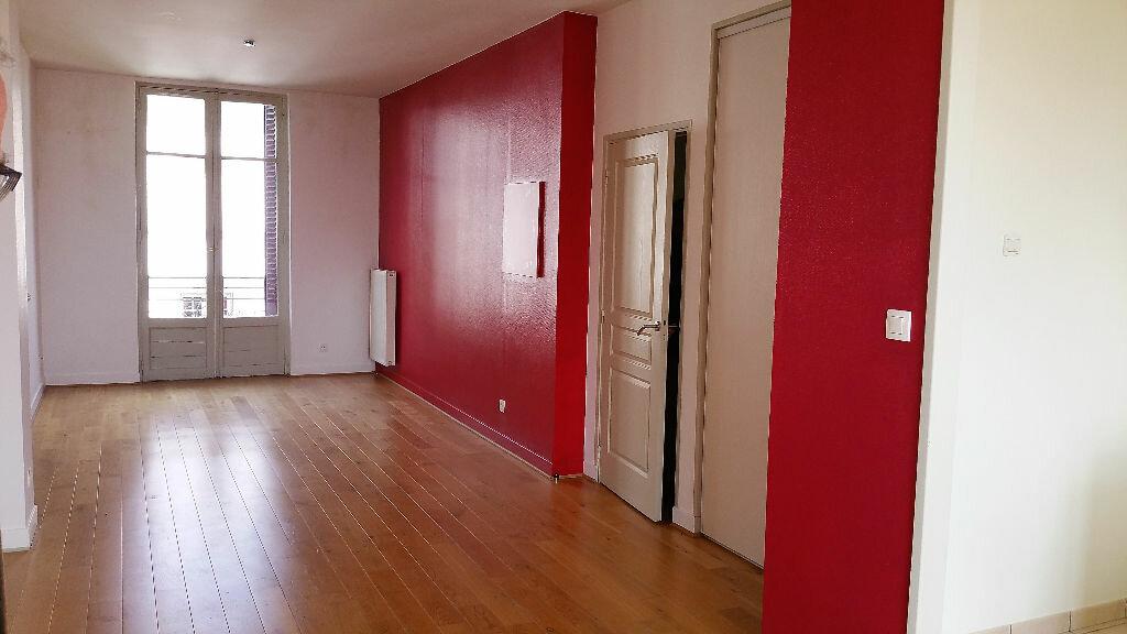 Appartement à vendre 3 83.8m2 à Vichy vignette-2