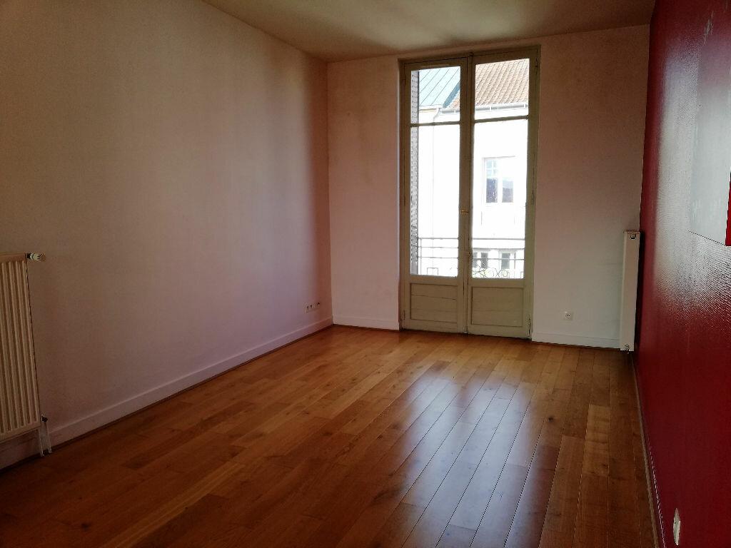 Appartement à vendre 3 83.8m2 à Vichy vignette-6
