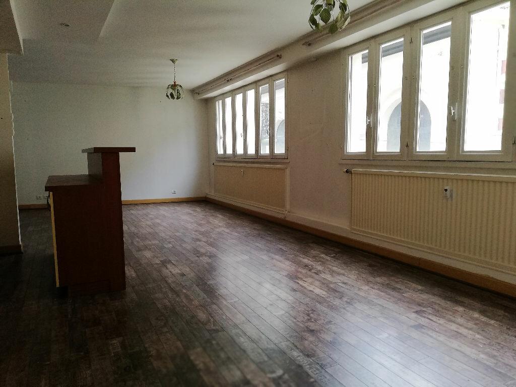 Appartement à vendre 3 74m2 à Vichy vignette-3