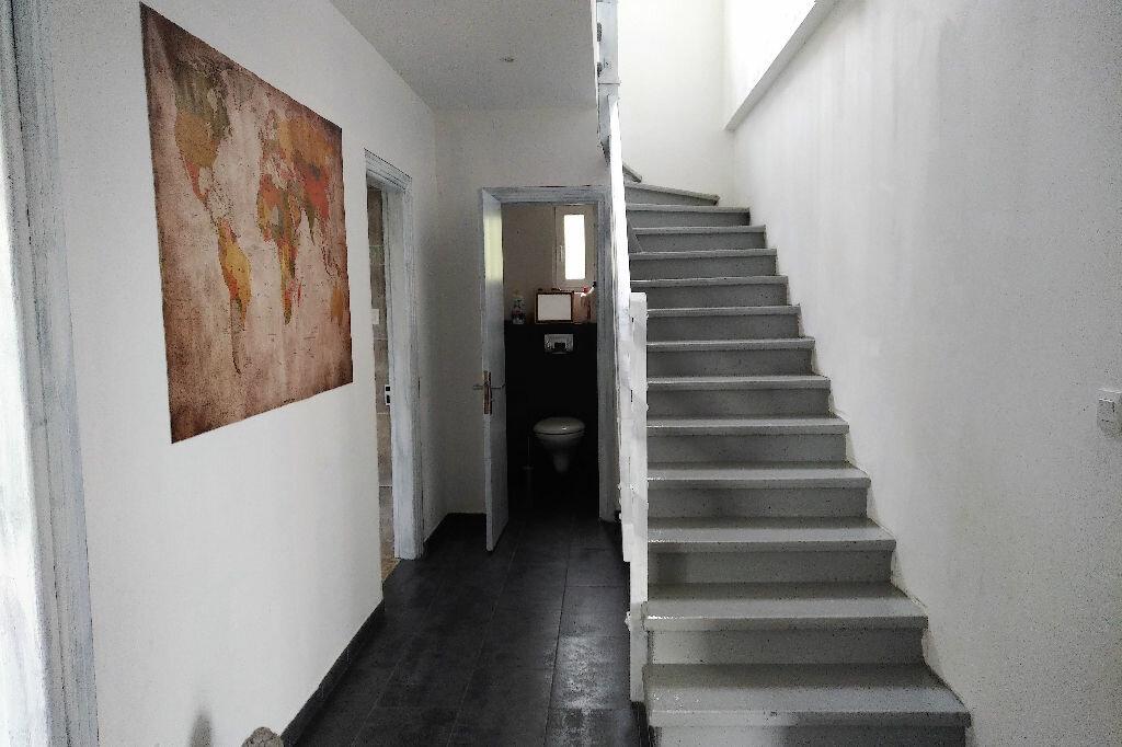 Maison à louer 4 150m2 à Abrest vignette-2