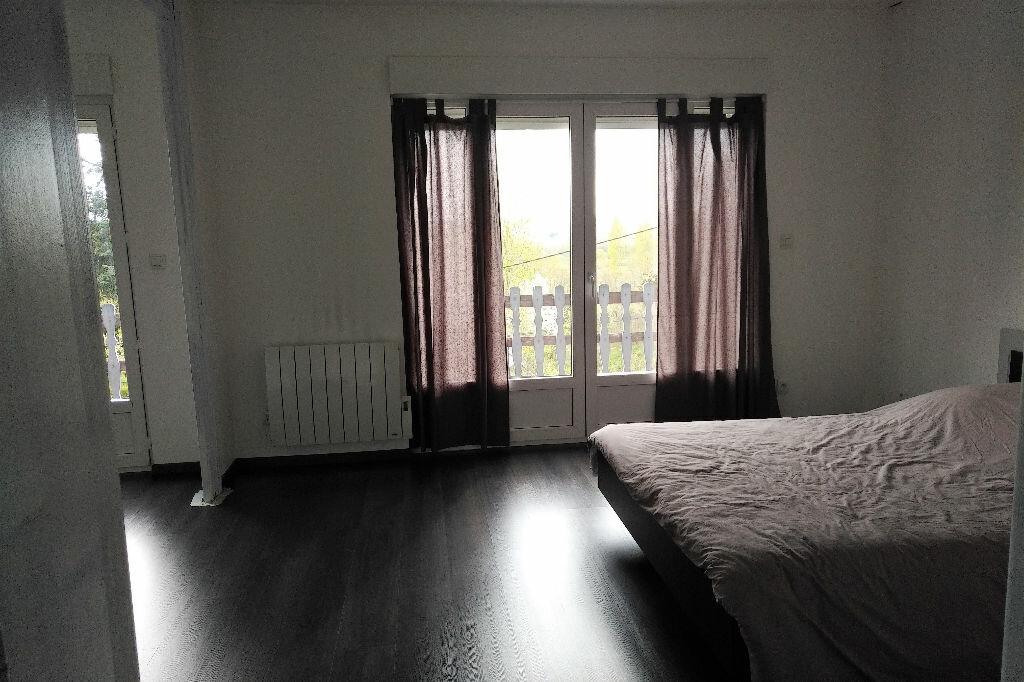 Maison à louer 4 150m2 à Abrest vignette-5