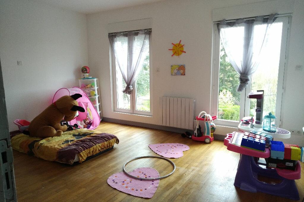 Maison à louer 4 150m2 à Abrest vignette-6