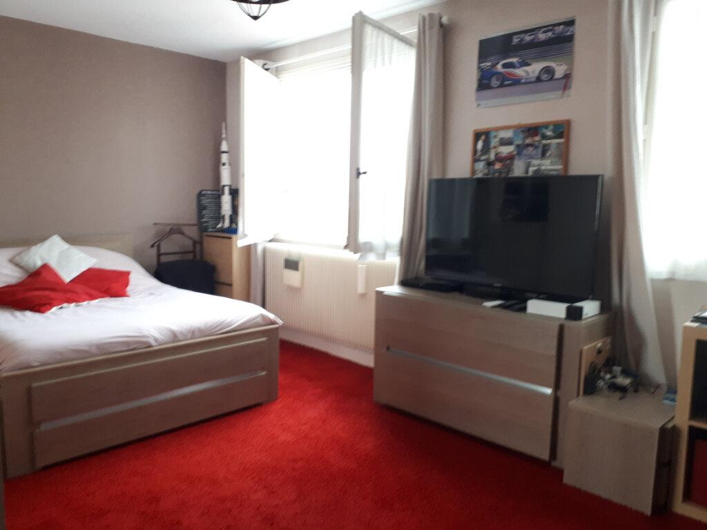 Appartement à vendre 5 110m2 à Vichy vignette-7