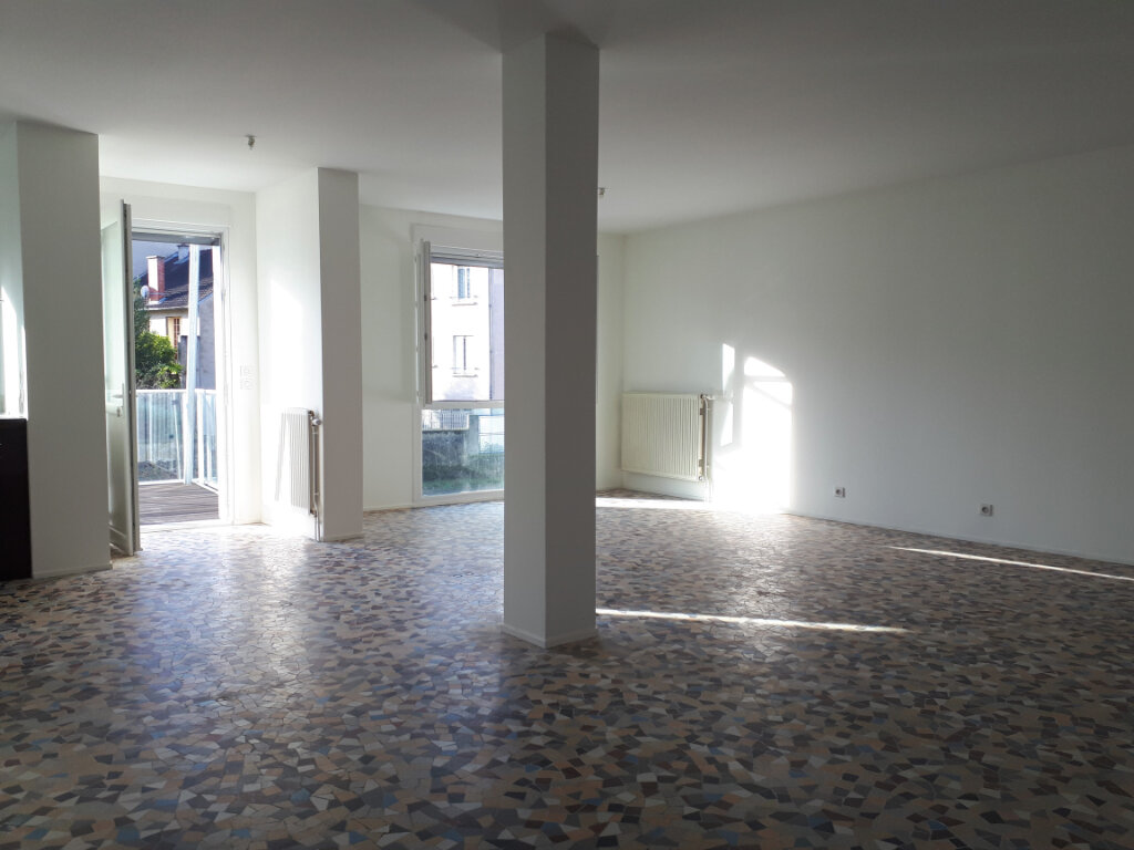 Maison à vendre 6 140m2 à Vichy vignette-2