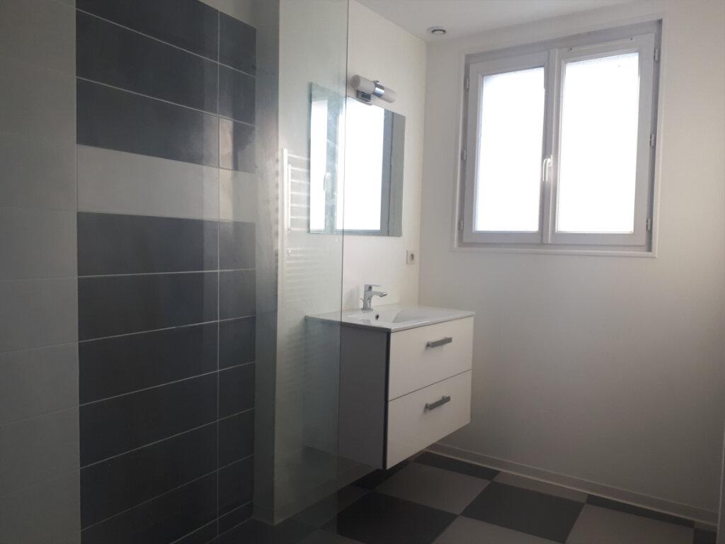 Maison à vendre 6 140m2 à Vichy vignette-6