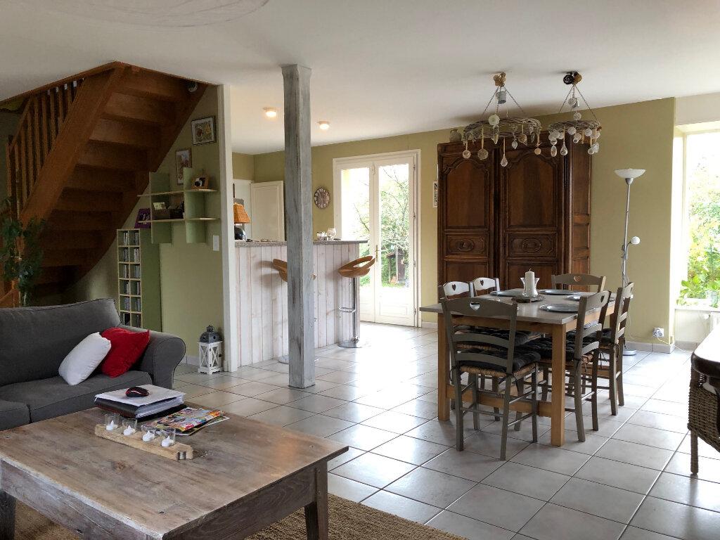 Maison à vendre 6 132m2 à Bellerive-sur-Allier vignette-4