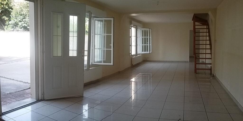 Appartement à vendre 5 117m2 à Vichy vignette-3