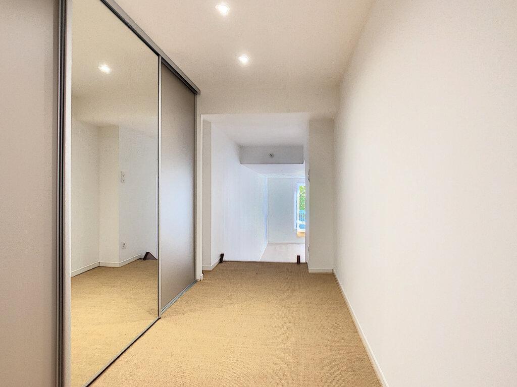 Appartement à vendre 2 76.98m2 à Vichy vignette-3