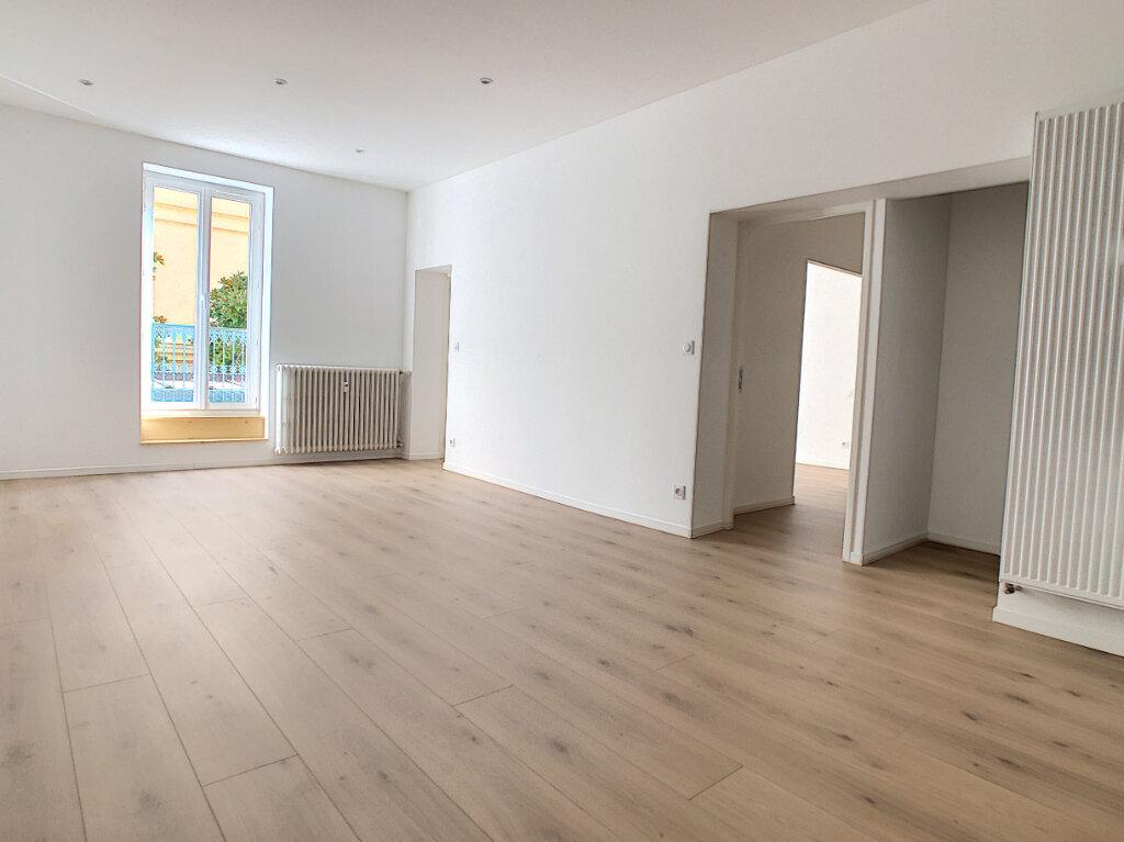 Appartement à vendre 2 76.98m2 à Vichy vignette-4