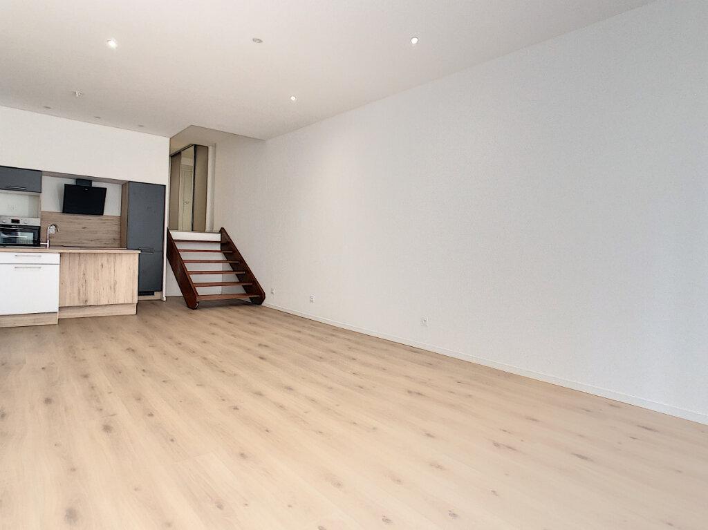 Appartement à vendre 2 76.98m2 à Vichy vignette-9