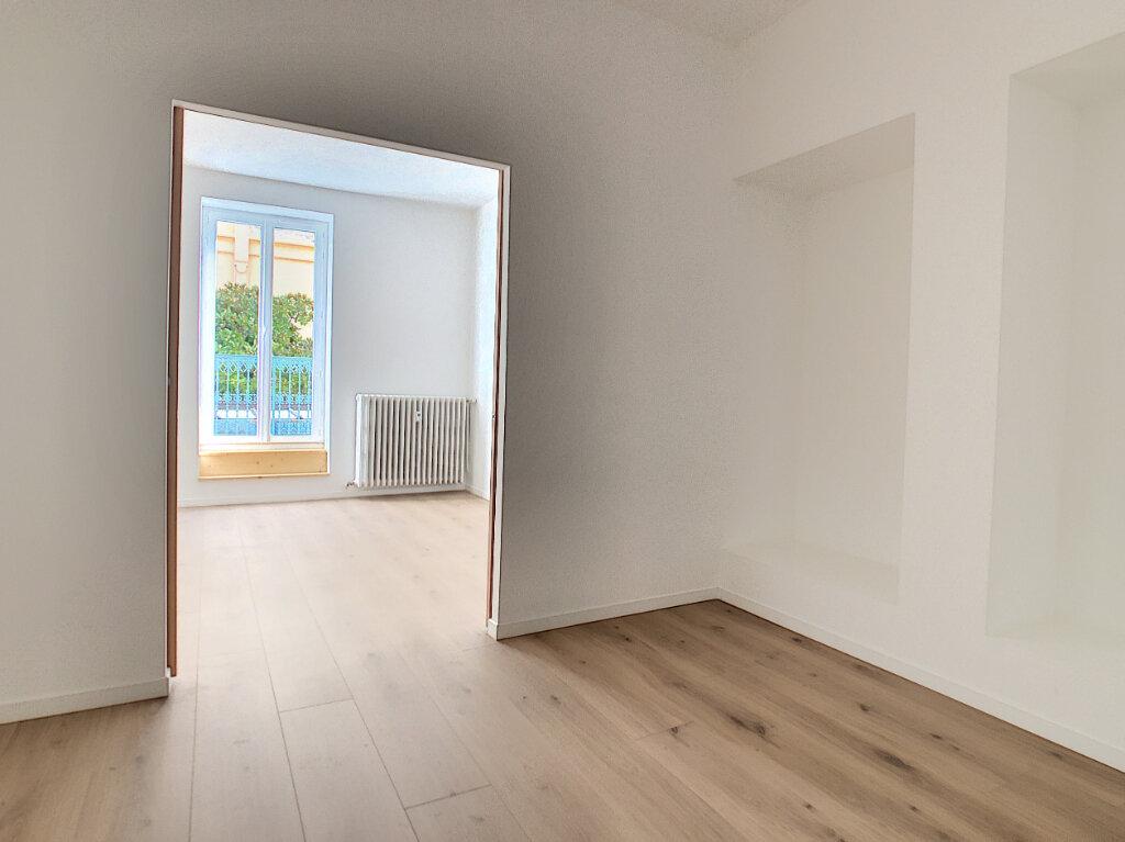 Appartement à vendre 2 76.98m2 à Vichy vignette-10