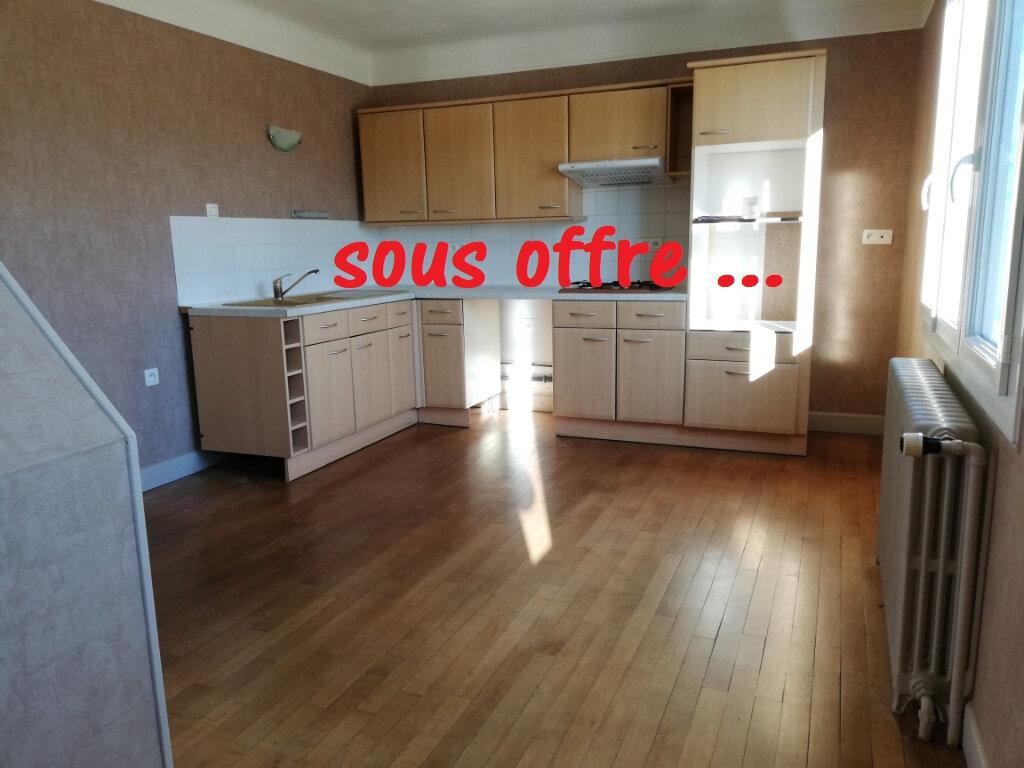 Maison à vendre 3 54m2 à Cusset vignette-1
