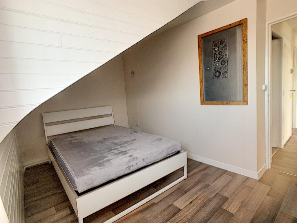Appartement à louer 3 70m2 à Montluçon vignette-8