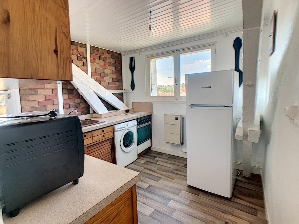 Appartement à louer 3 70m2 à Montluçon vignette-10