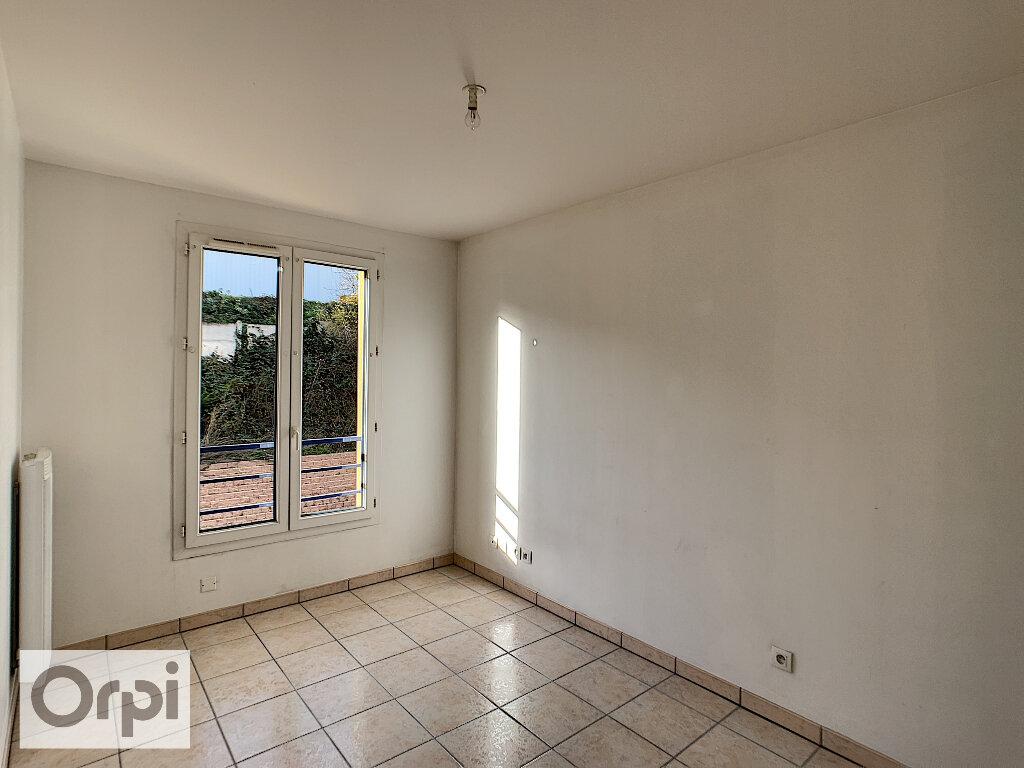 Appartement à louer 2 41.15m2 à Montluçon vignette-5