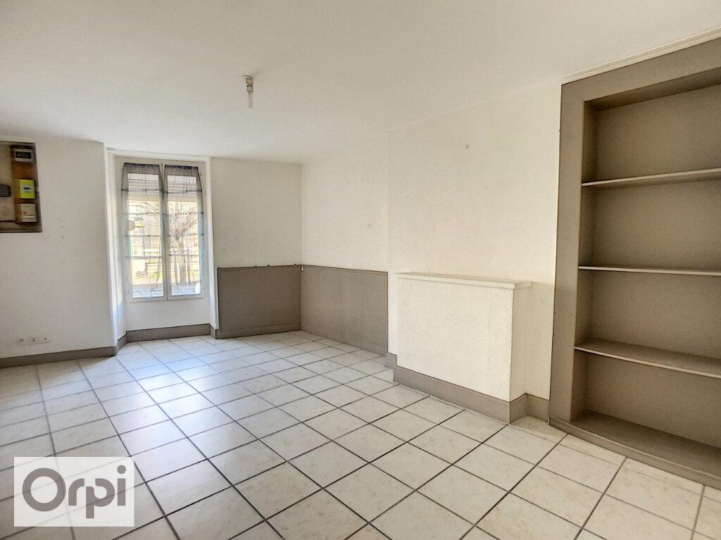 Appartement à louer 3 82.34m2 à Montluçon vignette-7