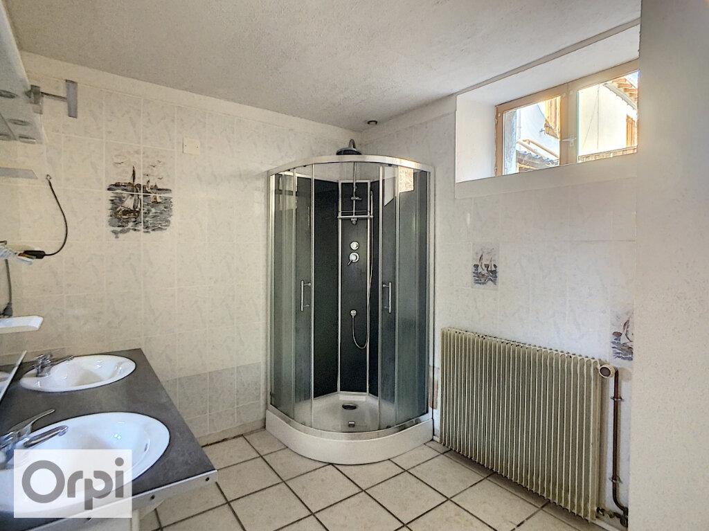 Appartement à louer 3 82.34m2 à Montluçon vignette-10