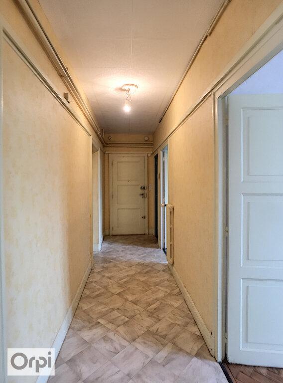 Appartement à louer 2 61m2 à Montluçon vignette-2