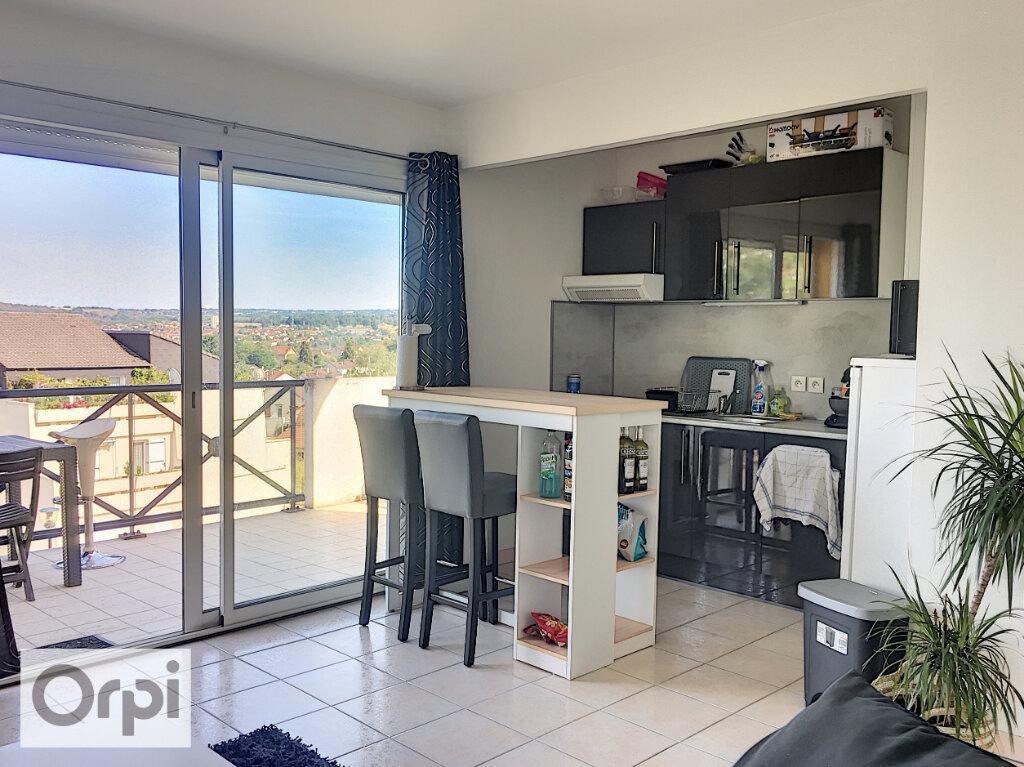 Appartement à louer 2 41.31m2 à Montluçon vignette-1