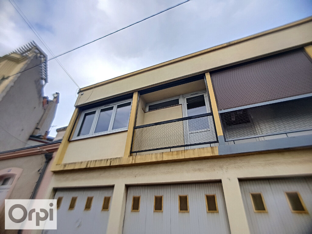 Appartement à louer 1 24.95m2 à Montluçon vignette-5