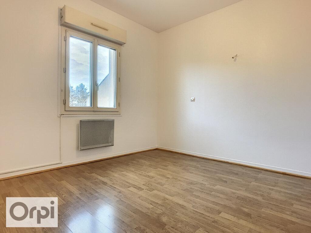 Maison à louer 4 81.25m2 à Montluçon vignette-7