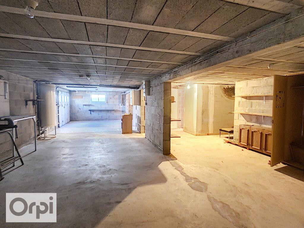 Maison à louer 4 81.25m2 à Montluçon vignette-9
