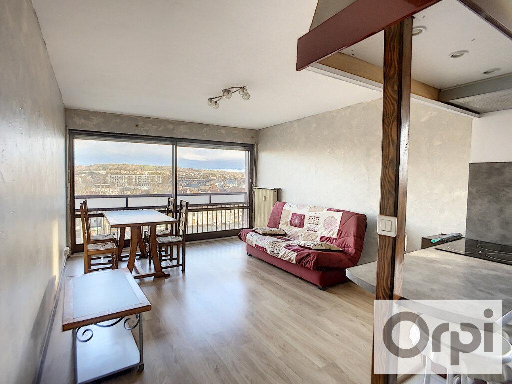 Appartement à louer 2 43.4m2 à Montluçon vignette-1