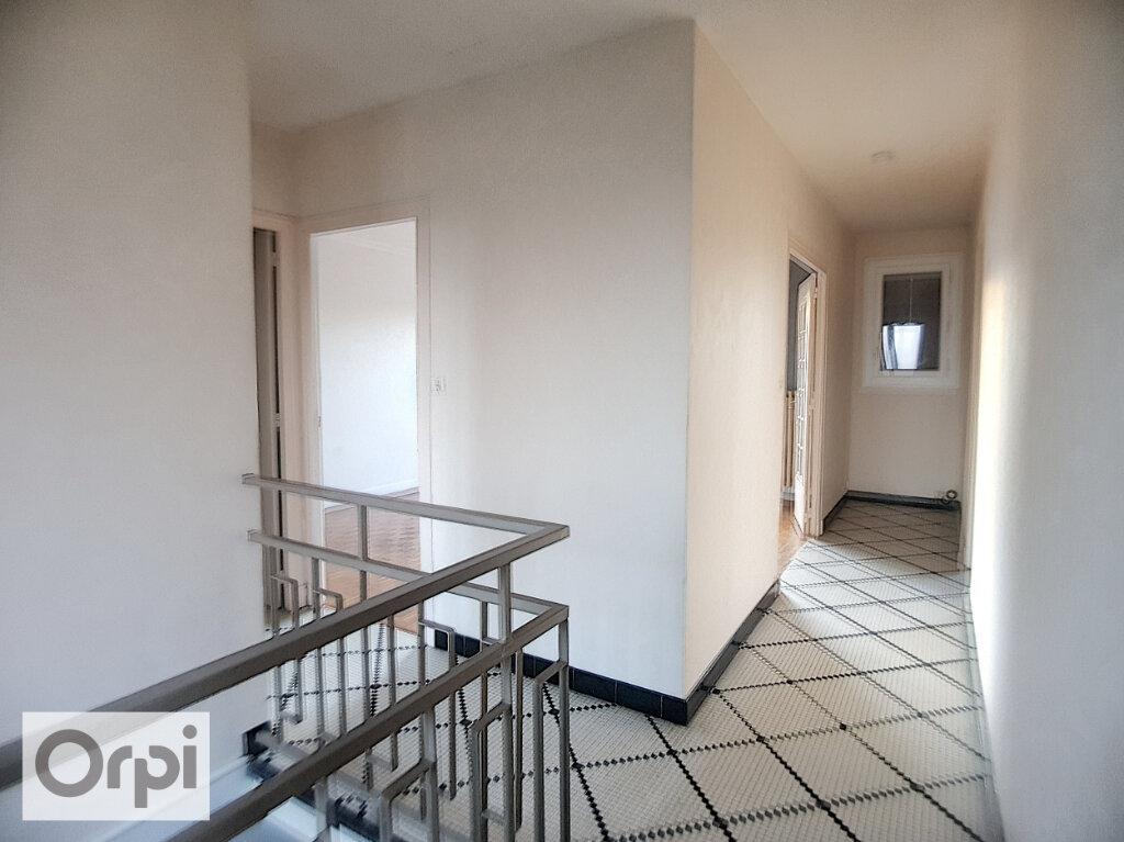 Maison à louer 4 101.23m2 à Montluçon vignette-7