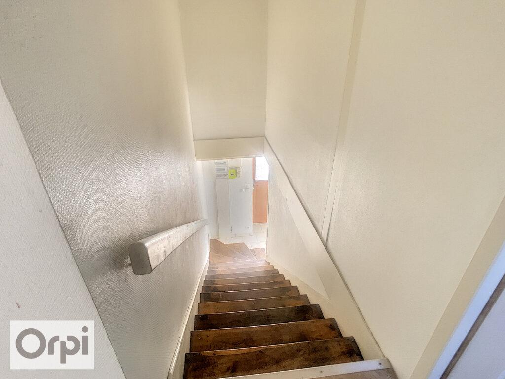Maison à louer 3 57.69m2 à La Chapelaude vignette-5