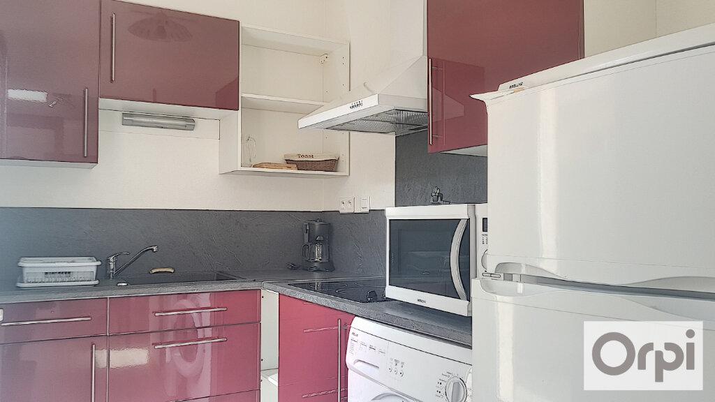 Maison à louer 1 23.03m2 à Montluçon vignette-2