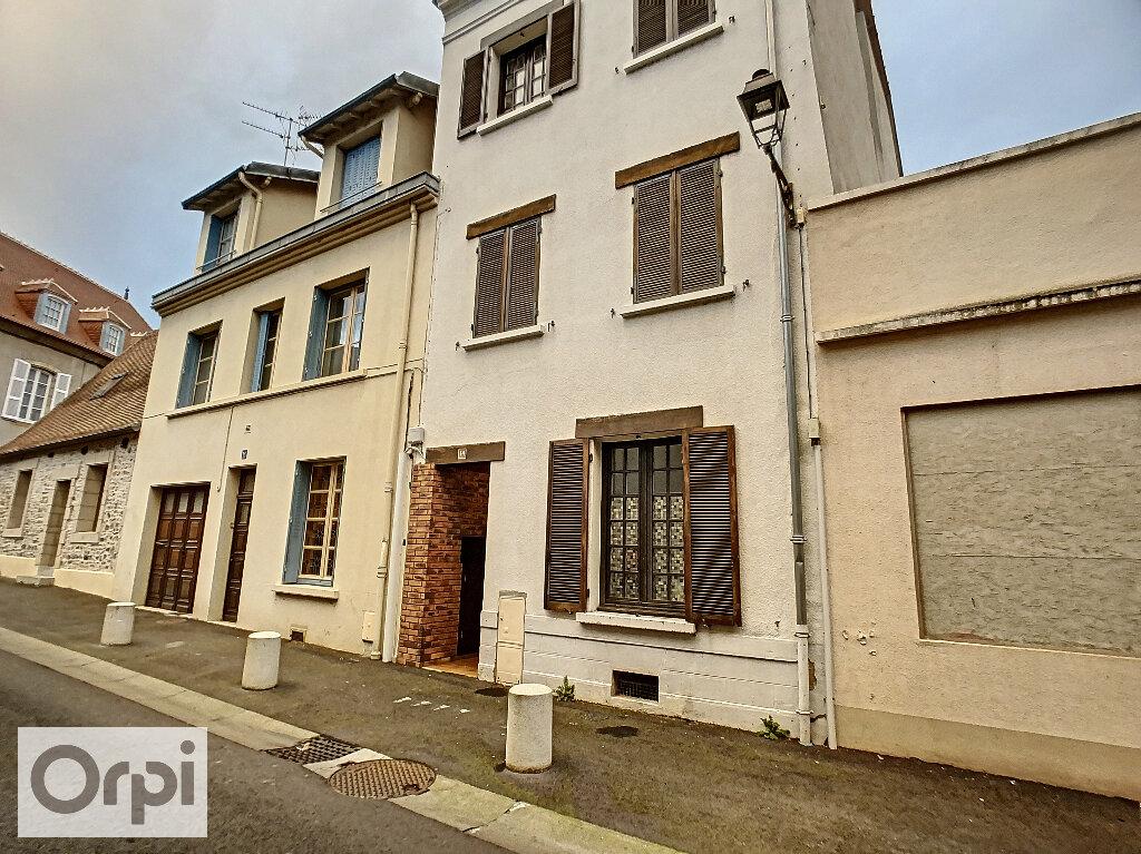 Appartement à louer 2 33.76m2 à Montluçon vignette-1