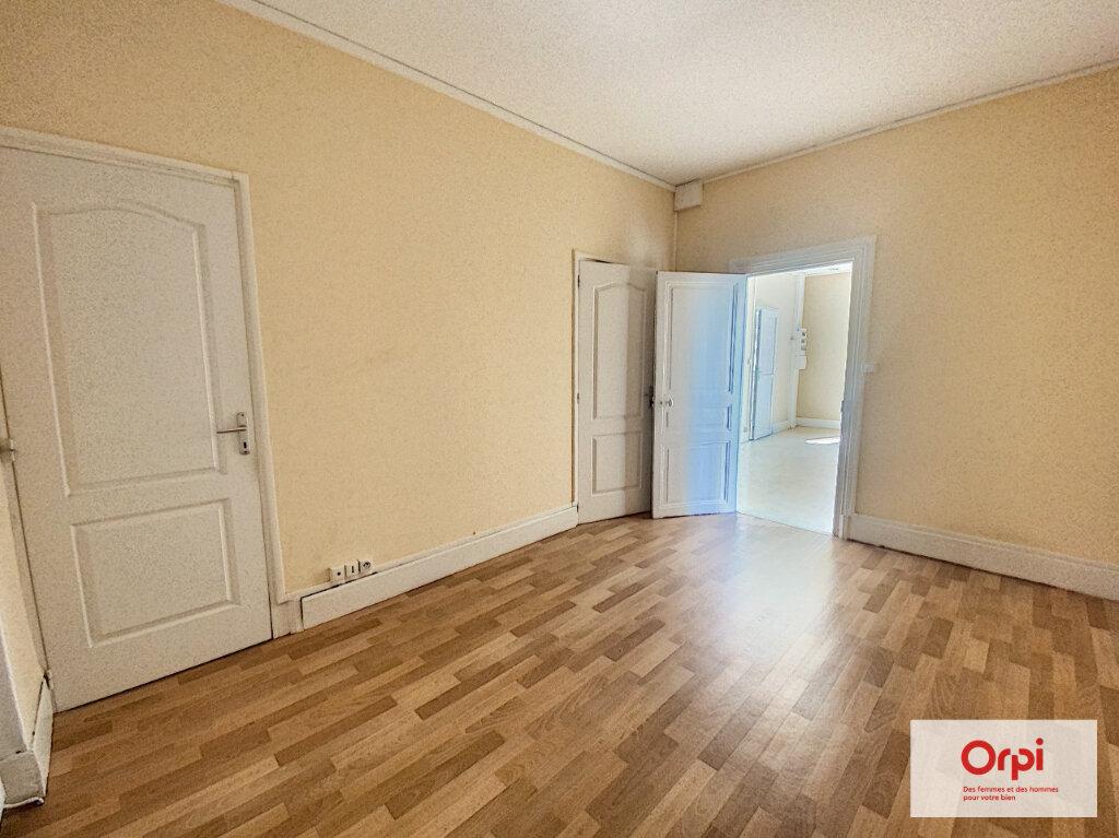 Appartement à louer 2 36.53m2 à Montluçon vignette-4