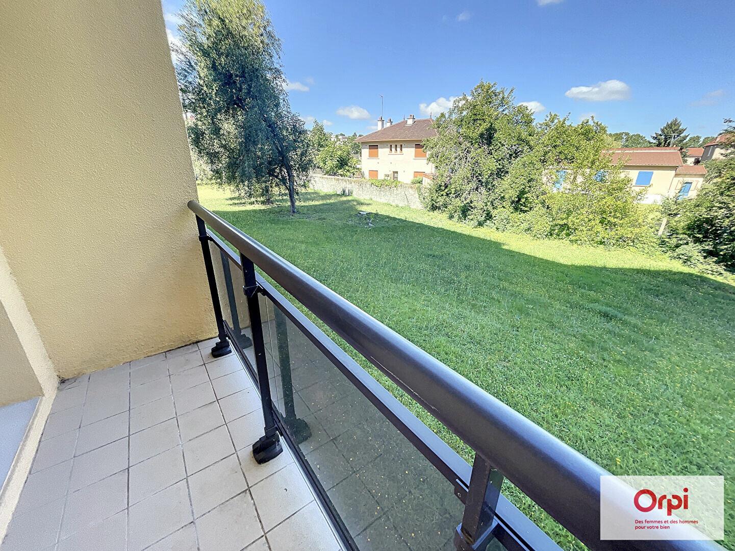 Appartement à louer 2 39.29m2 à Montluçon vignette-6