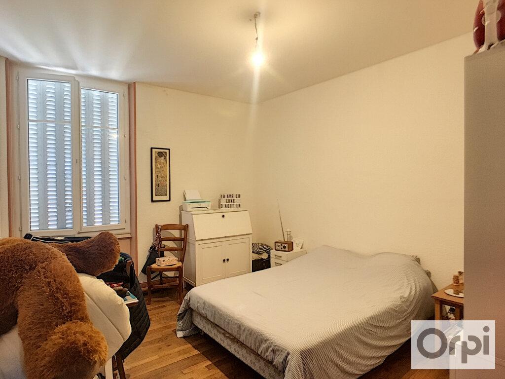 Appartement à louer 3 95.8m2 à Montluçon vignette-5