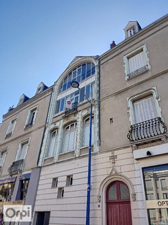 Appartement à louer 1 30.44m2 à Montluçon vignette-1