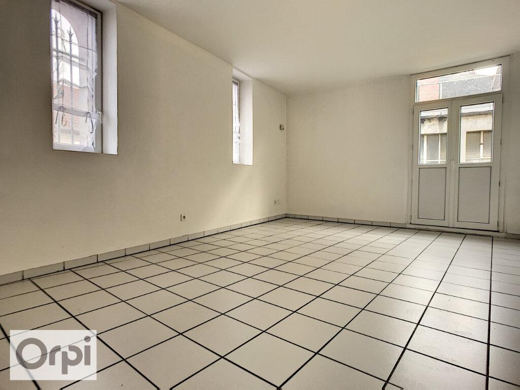 Appartement à louer 3 71.21m2 à Montluçon vignette-2