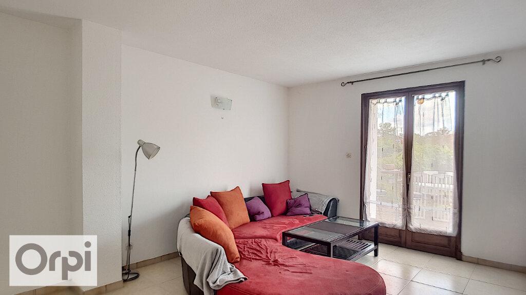 Appartement à louer 2 46m2 à Montluçon vignette-6