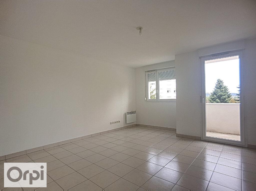 Appartement à louer 1 28.35m2 à Montluçon vignette-3