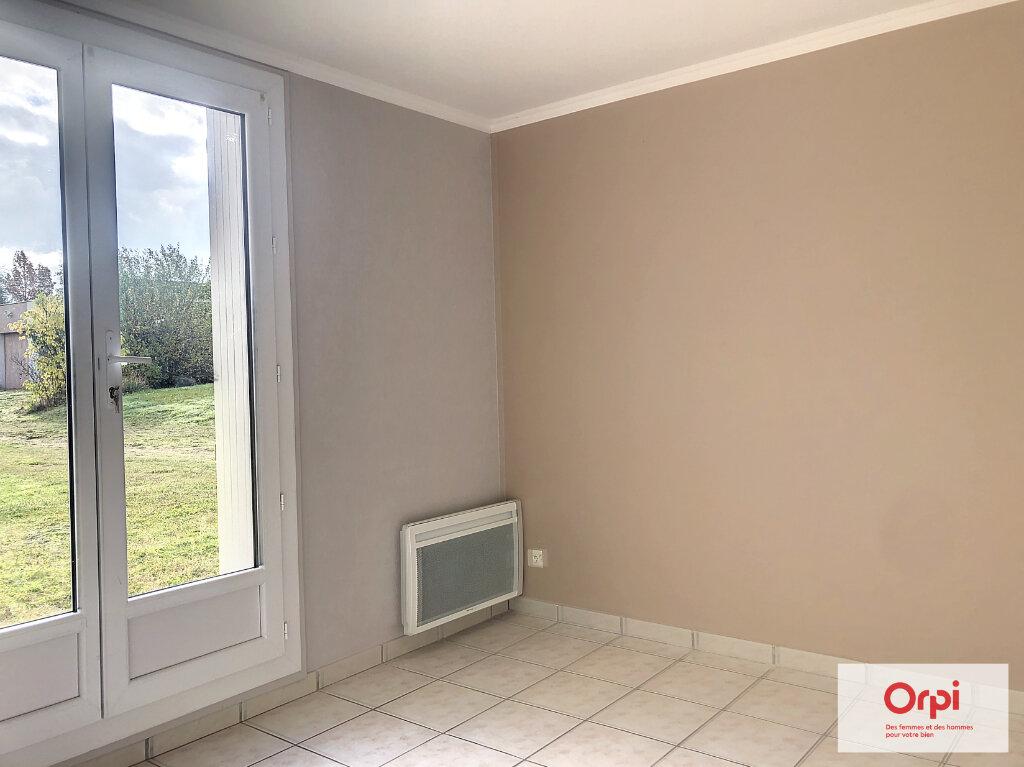 Appartement à louer 3 77.5m2 à Néris-les-Bains vignette-5