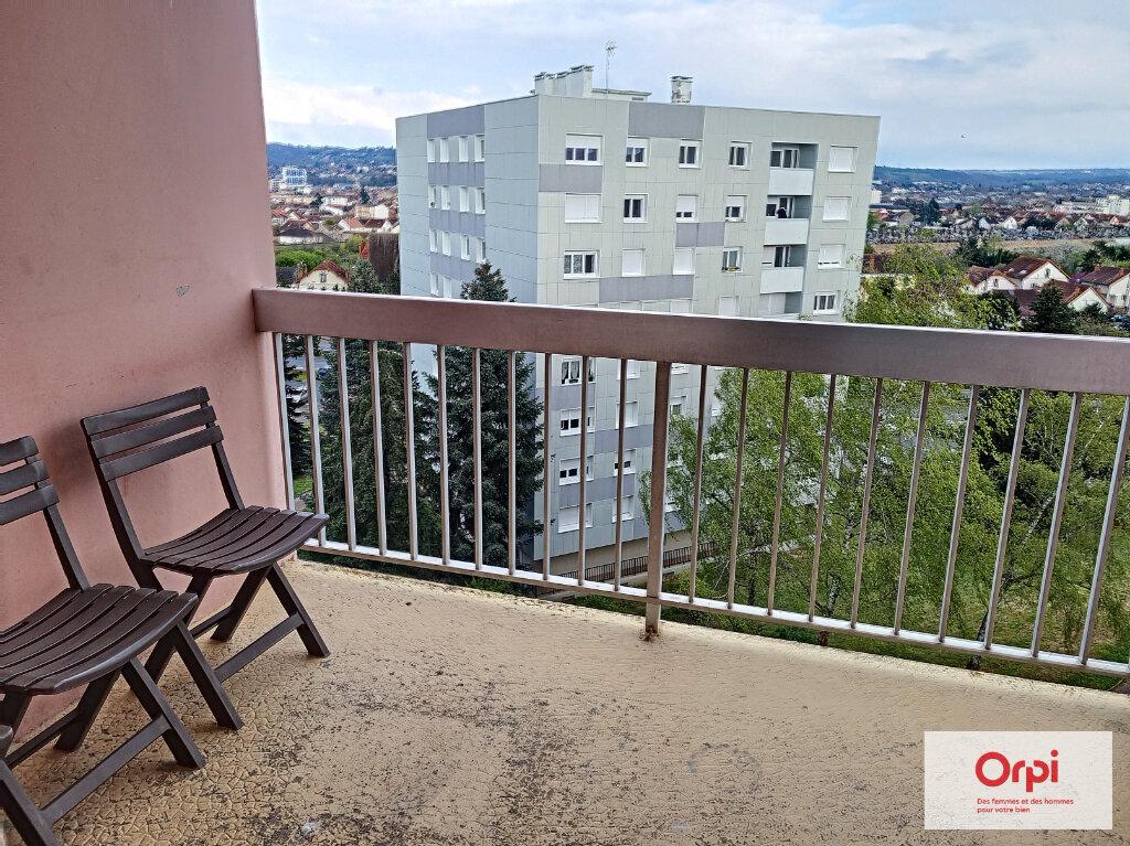 Appartement à louer 5 99.63m2 à Montluçon vignette-2
