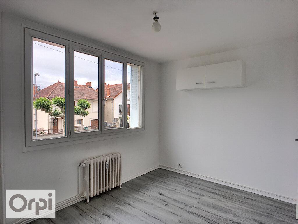 Appartement à louer 2 41.49m2 à Montluçon vignette-4