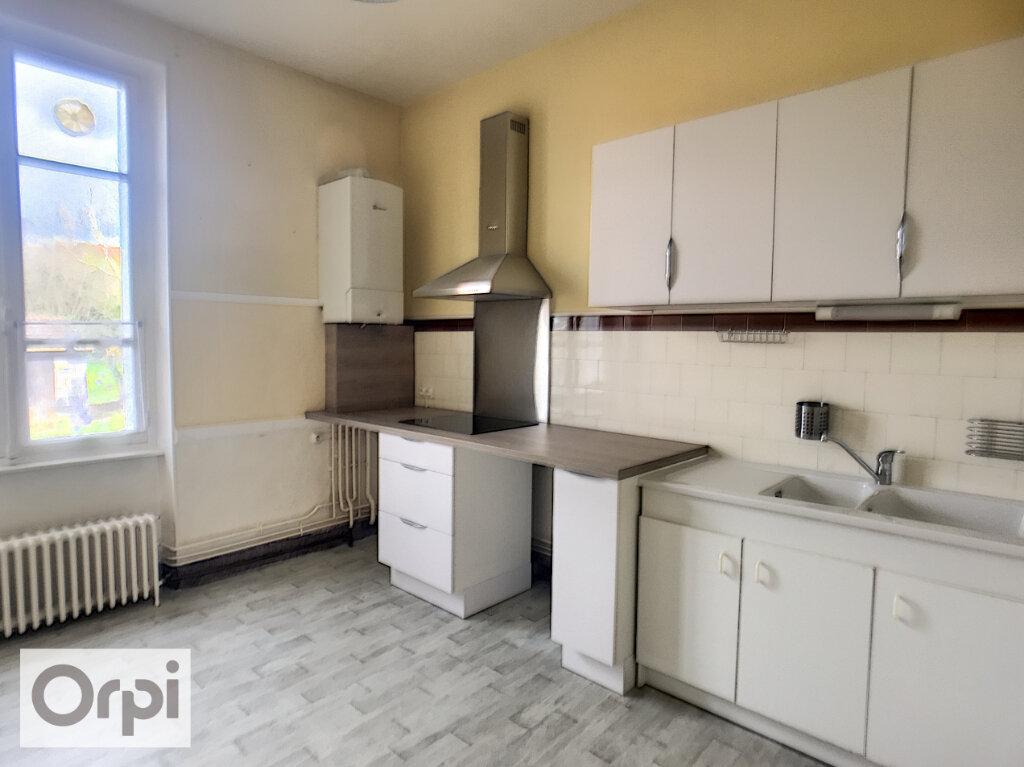 Appartement à louer 3 64.68m2 à Montluçon vignette-1