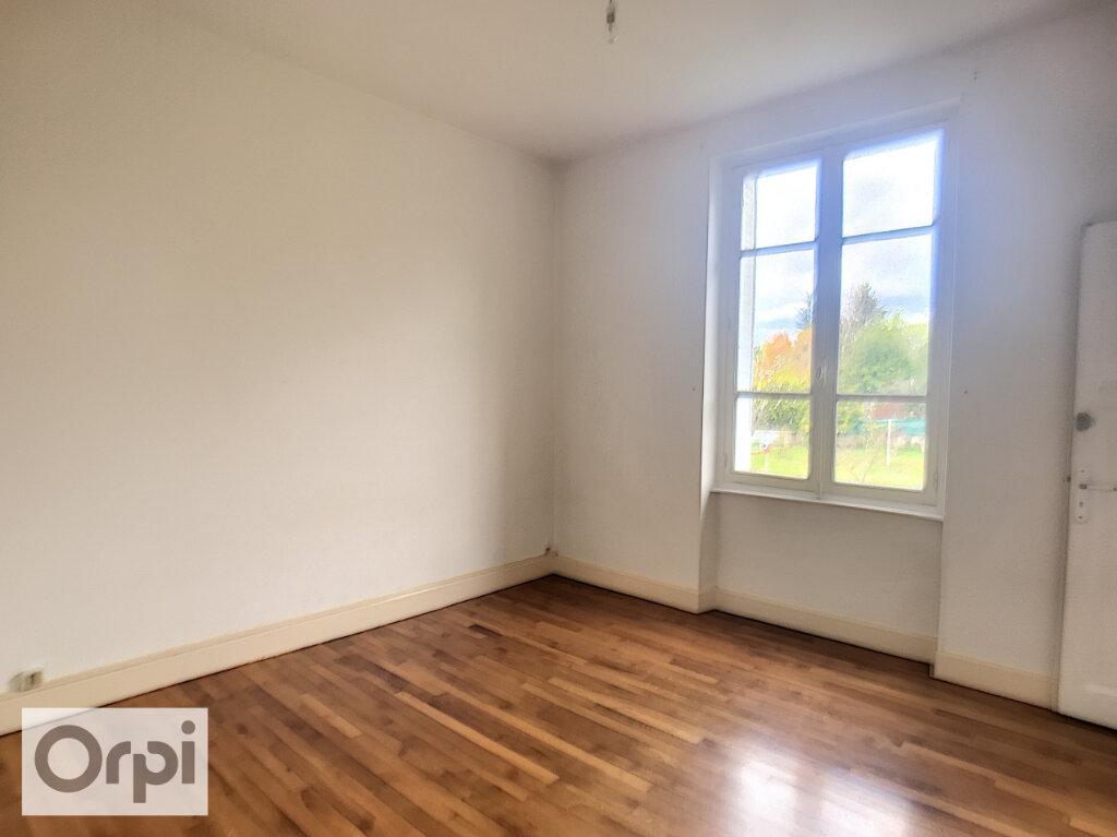 Appartement à louer 3 64.68m2 à Montluçon vignette-5