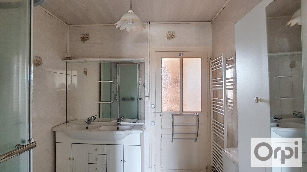 Appartement à louer 5 102.08m2 à Domérat vignette-4