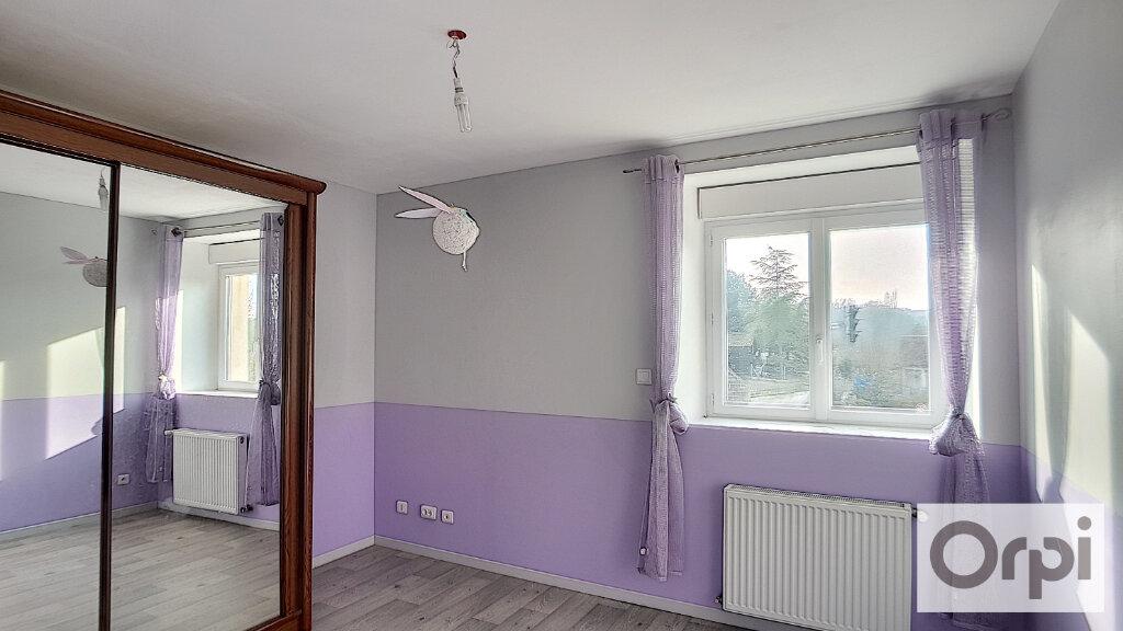 Appartement à louer 5 102.08m2 à Domérat vignette-9