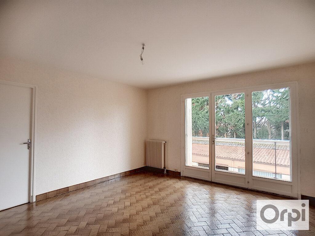 Appartement à louer 2 45m2 à Montluçon vignette-5