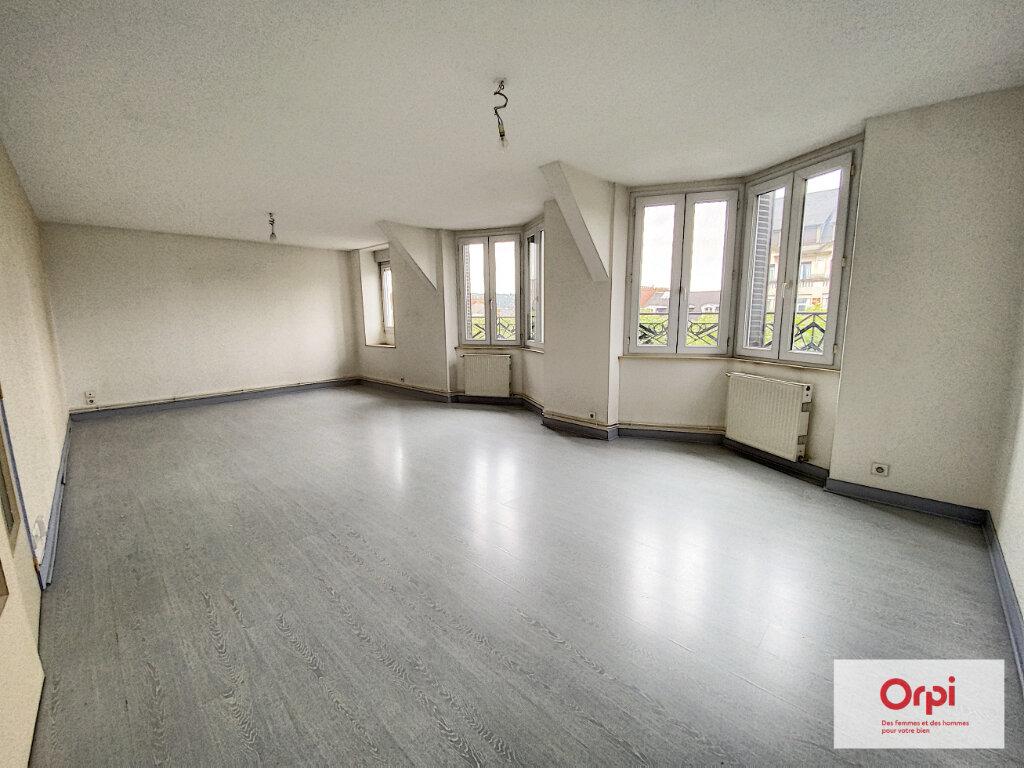 Appartement à louer 3 69.93m2 à Montluçon vignette-5