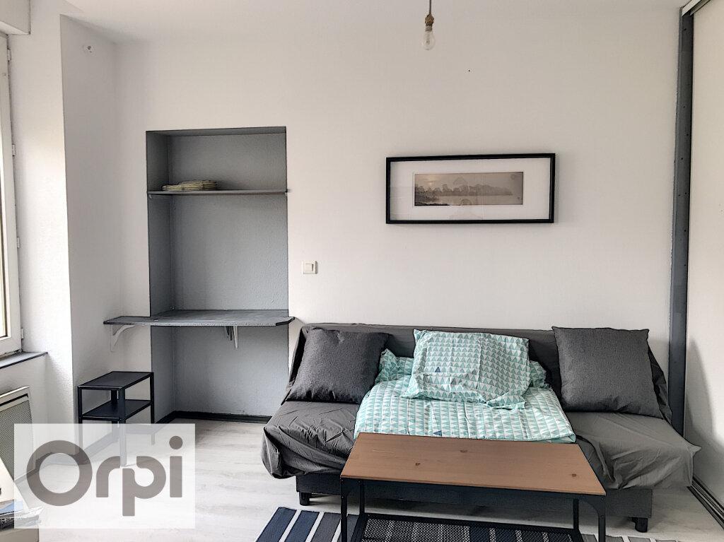 Appartement à louer 1 27.51m2 à Montluçon vignette-2