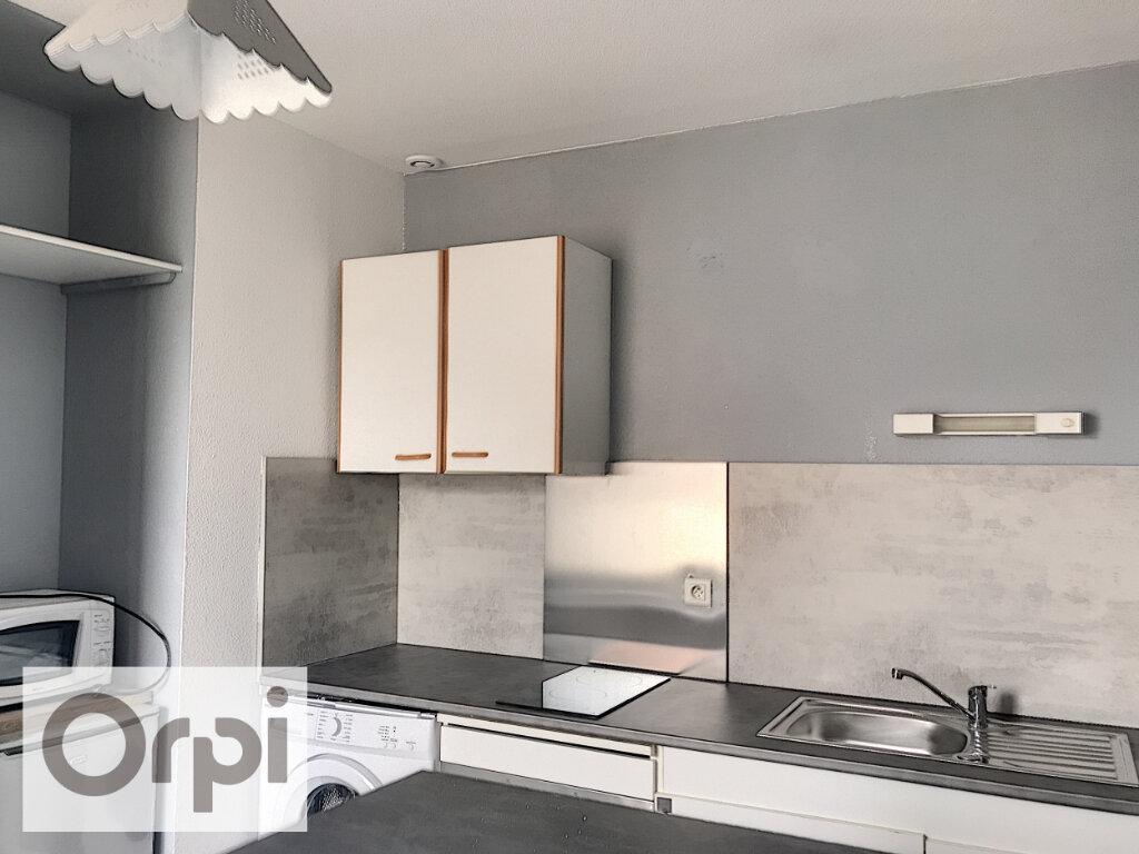Appartement à louer 1 27.51m2 à Montluçon vignette-5
