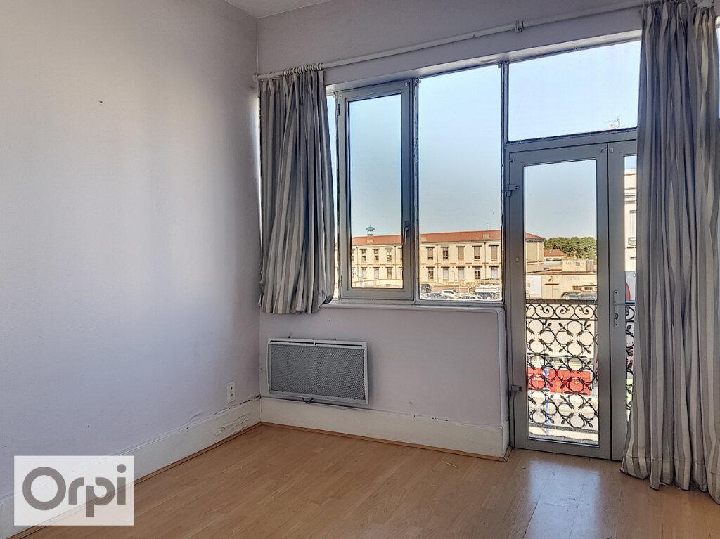 Appartement à louer 3 54.43m2 à Montluçon vignette-2